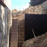 Монтаж подпорной стенки